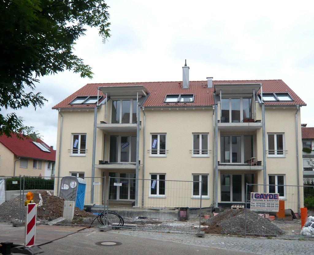 mehrfamilienhaus freiberg am neckar sch ner wohnen immobilien ludwigsburg. Black Bedroom Furniture Sets. Home Design Ideas