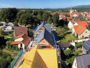 Wohnen in Sachsenheim - Dacharbeiten laufen